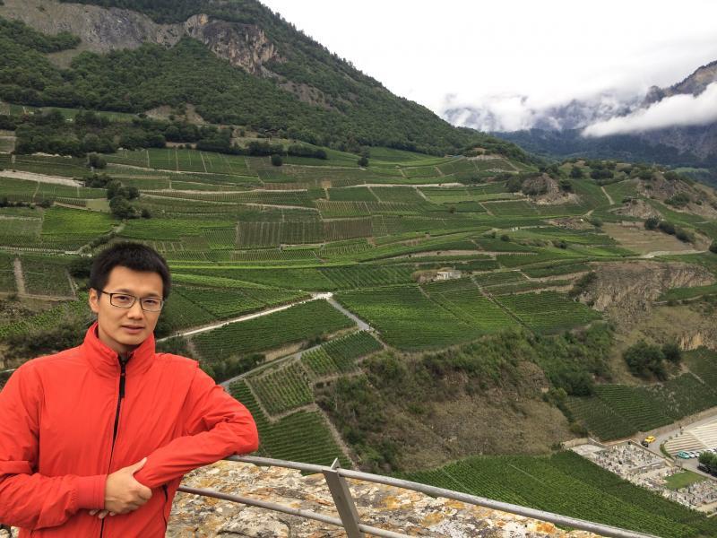 El chino Wei Zheng obtiene el grado de doctor por la UR
